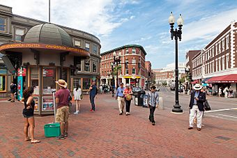 Harvard Square in Cambridge, Massachusetts.jpg