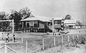 StateLibQld 1 106328 In the playground at Yeronga State School, 1923
