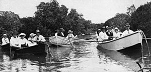 StateLibQld 1 199687 Boating party at Bowen, 1910-1920