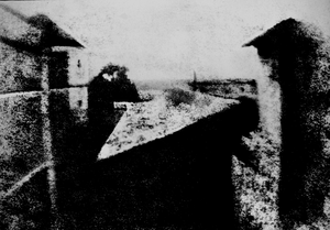 View from the Window at Le Gras, Joseph Nicéphore Niépce, uncompressed UMN source