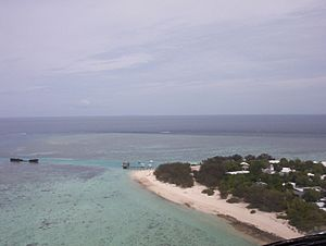 Heron Island, Australia - Harbour and HIRS from helicopter