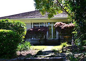 (1)Macquarie Cottage-1