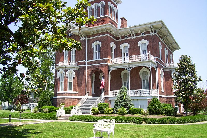 Magnolia Manor
