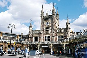 Bristol Temple Meads station (6466232797)