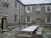Inner courtyard, Cadhay House - geograph.org.uk - 1353570