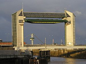 River Hull tidal barrier 1
