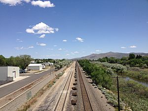 2014-06-04 12 04 00 View east along the Union Pacific Railroad from the 5th Street Bridge in Elko, Nevada
