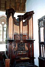 Organ at Brownsover - geograph.org.uk - 1210753
