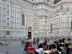 Restaurant in the Piazza del Duomo, Florence, Italy