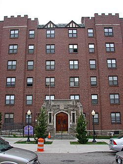 Suffolk Manor Apartments in Ogontz, September 2010