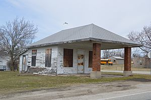 Blooming Grove former gas station
