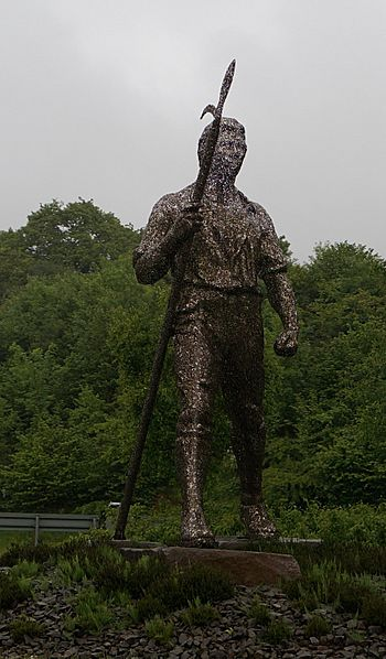Chartist Statue on the A4048 at Blackwood - geograph-4014913-by-Ian-S