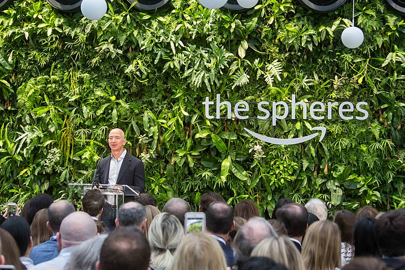 Jeff Bezos at Amazon Spheres Grand Opening in Seattle - 2018 (39262177384)