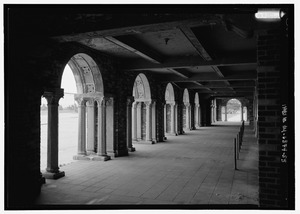 Interior gallery, north side; view looking from the west - Jacob Riis Park, Rockaway Point, Queens County, NY HABS NY-6374-55
