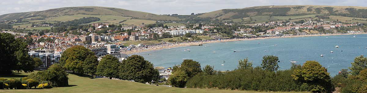 Swanage Panorama Crop
