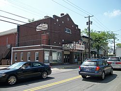 Theater Three-Port Jefferson