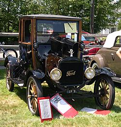 1919 Ford Model T Highboy Coupe 2