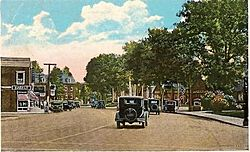 1934 Postcard showing Post Road in Fairfield, Connecticut