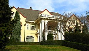 Barnes House - Portland Oregon.jpg