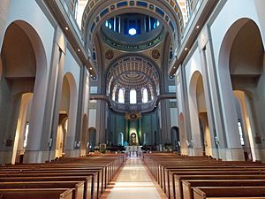 Cathedral of the Blessed Sacrament interior - Altoona, Pennsylvania 01