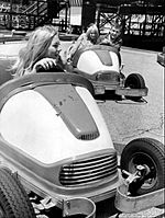 Hot Rods track Riverview Park Chicago 1967.JPG