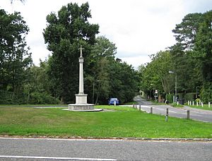 Totteridge, The War Memorial - geograph.org.uk - 957090
