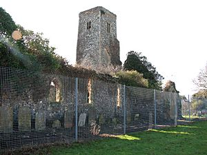 The ruined church of St Margaret - geograph.org.uk - 1717813