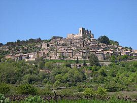 View of the village of Lacoste (Luberon)