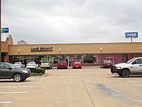 Outlet mall in Hillsboro, TX IMG 5586