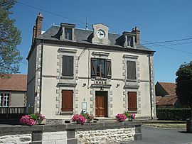 The town hall in Voussac