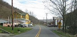 Gapsville, facing southeast on South Breezewood Road in November 2011. Breezewood Post of VFW on left.
