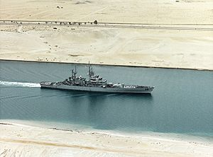 USS Bainbridge (CGN-25) underway in the Suez Canal on 27 February 1992