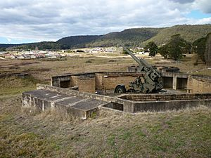 1862 - Lithgow Heavy Anti Aircraft Gun Stations and Dummy Station - Gun battery A (5061196b6)