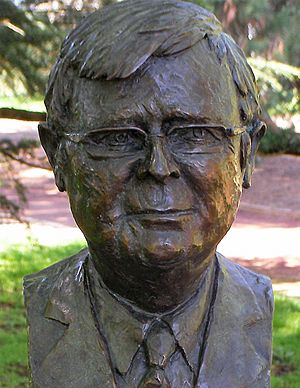 Kevin rudd pm bust