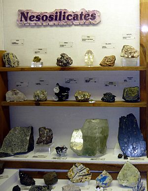 Nesosilicates exhibit, Museum of Geology, South Dakota