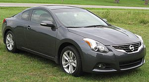 2010 Nissan Altima 2.5SL coupe 2 -- 06-05-2010