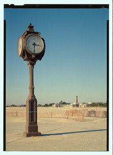 View of the Riis clock (duplicate of HABS No. NY-6374-7) - Jacob Riis Park, Rockaway Point, Queens County, NY HABS NY-6374-76 (CT)