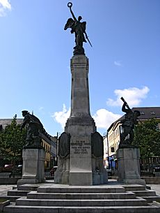 War memorial Derry 2007 SMC