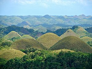 Chocolate Hills overview