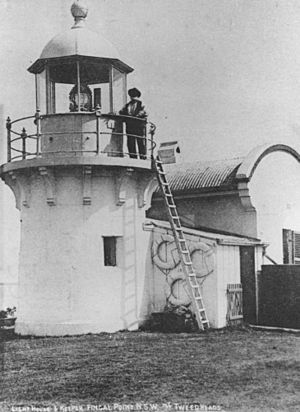 StateLibQld 2 45255 Lighthouse keeper on the observation platform of Fingal Head Lighthouse, New South Wales, ca. 1906