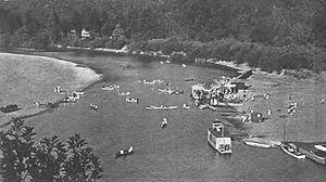 Beach on Russian River at Monte Rio, California (1909)