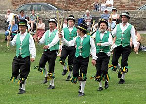 Morris.dancing.at.wells.arp