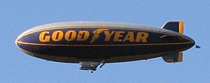 Goodyear-blimp