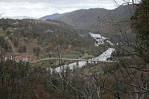 MurrumbidgeeCotter junction.jpg