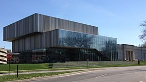 Speed Art Museum Northwest View 2016.jpg