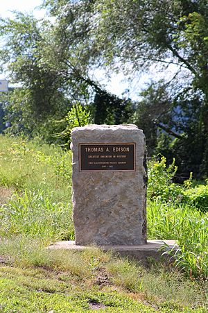 Thomas Edison monument on Packers Island