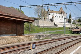 Oron-le-Châtel train station and Oron Castle