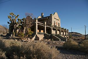 Rhyolite Train Station 20061124