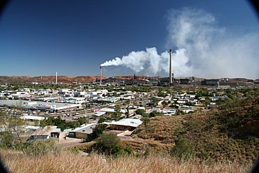 Panorama of Mount Isa, Queensland.jpg