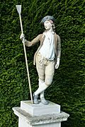 Statue in the garden of Fenton House, Hampstead - geograph.org.uk - 1483666